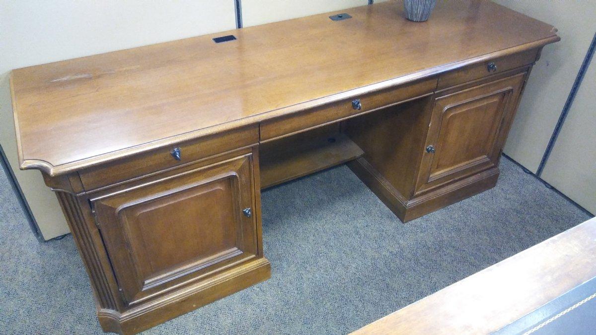 Stanley Furniture Computer Desk Offapendulum Com